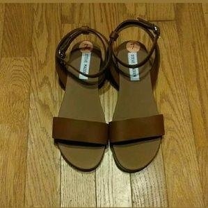 Steve Madden Brown Ankle Straps Flats Sandals